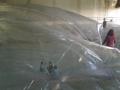 hangar-bicocca-gestione-sicurezza-ed-attivita-pubblico-su-opera-sospesa-trasaparente-2