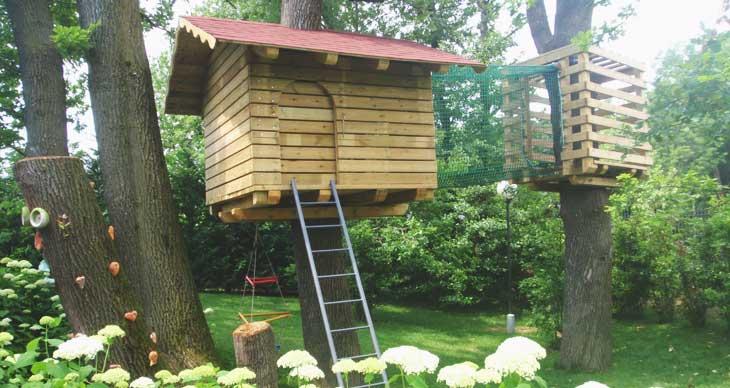 Chalet in legno case su alberi bivacchi for Case in legno sugli alberi
